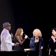 Chicago- Arnold McCuller, Kate Markowitz. Carole King, Andrea Zonn. Photo by Elissa Kline