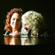 Gloria Estefan & Carole King.  Photo by Rolland Ryan